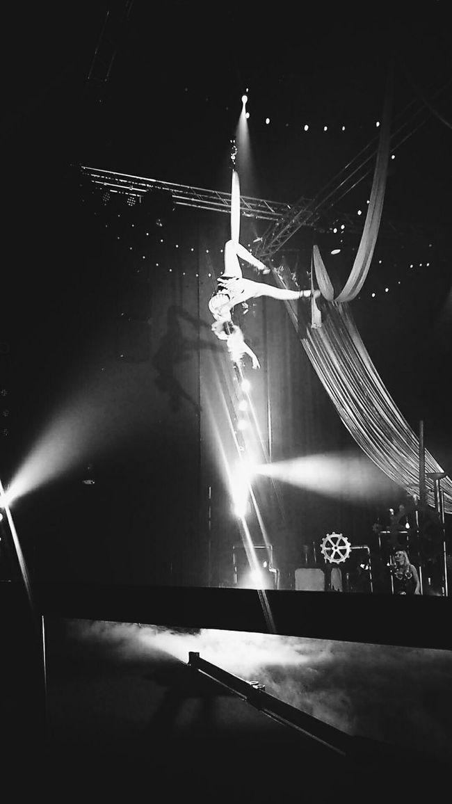 Six Flags Magic Mountain, Gearworks Show, Acrobatics Part 3 Six Flags Magic Mountain Dance Acrobatics  Show