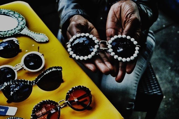 Accessories designer displaying her wears in Lenox Avenue in Harlem. Uptown, New York Fashion Fashion&love&beauty Streetphotography Eye4photography  The Places I've Been Today The Human Condition The Human Condition.