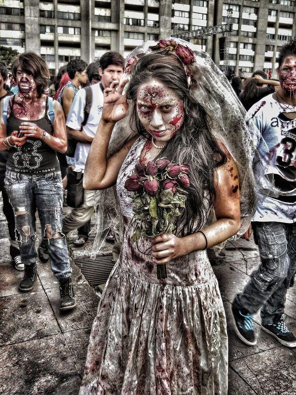 Novia Zombie... I❤Photographya People Zombies  Zombie Apocalypse ZombieArt Zombiegirl  Zombiewalk