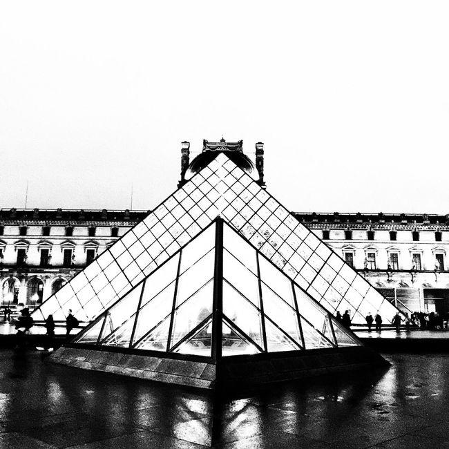 Bnw_friday_eyeemchallenge Bnw_architecturelines Architecture Shapes Streetphoto_bw Architecture_collection