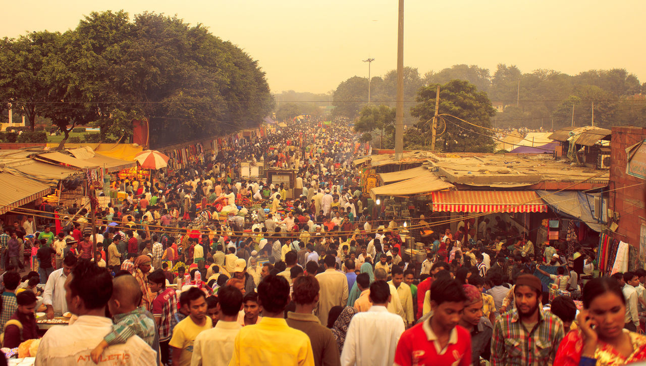 Check This Out Crowd In India Crowded Bazaar Hello World Incredible India Jama Masjid Market At Old Delhi Near Jama Masjid Street Market In In Streetphotography View From Jama Masjid World Connection The Street Photographer - 2016 EyeEm Awards The Great Outdoors - 2016 EyeEm Awards