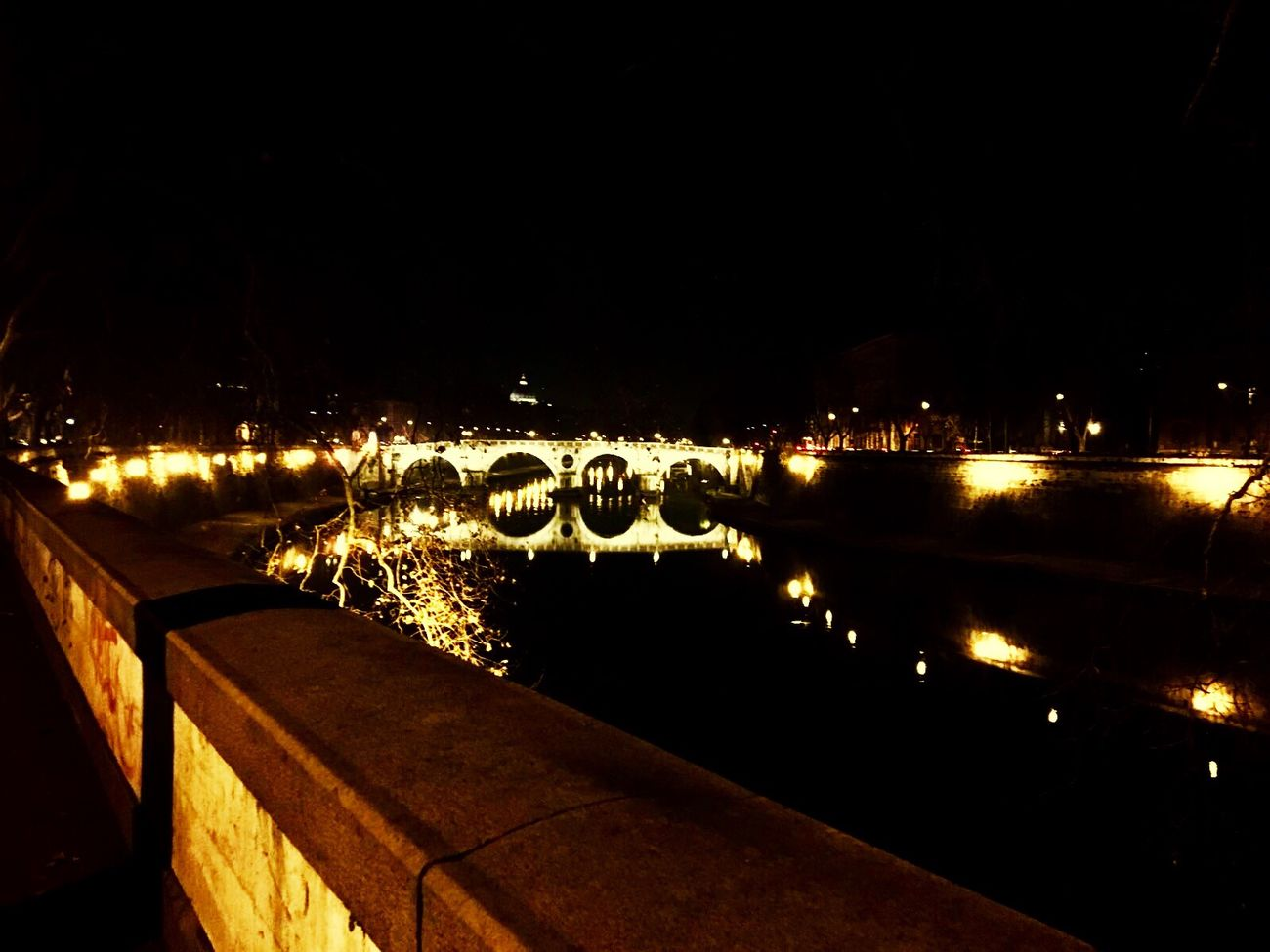 Hello World Cheese! Enjoying Life Taking Photos Aroundrome Rome Trastevere Tevere River River View Italy Landscape Hello World WOW