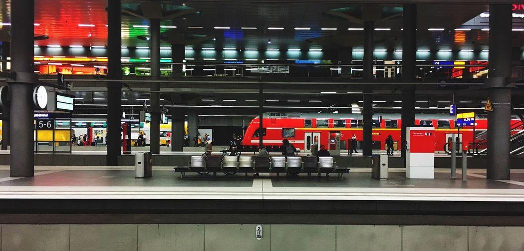Transportation Indoors  Architecture Illuminated Symmetry