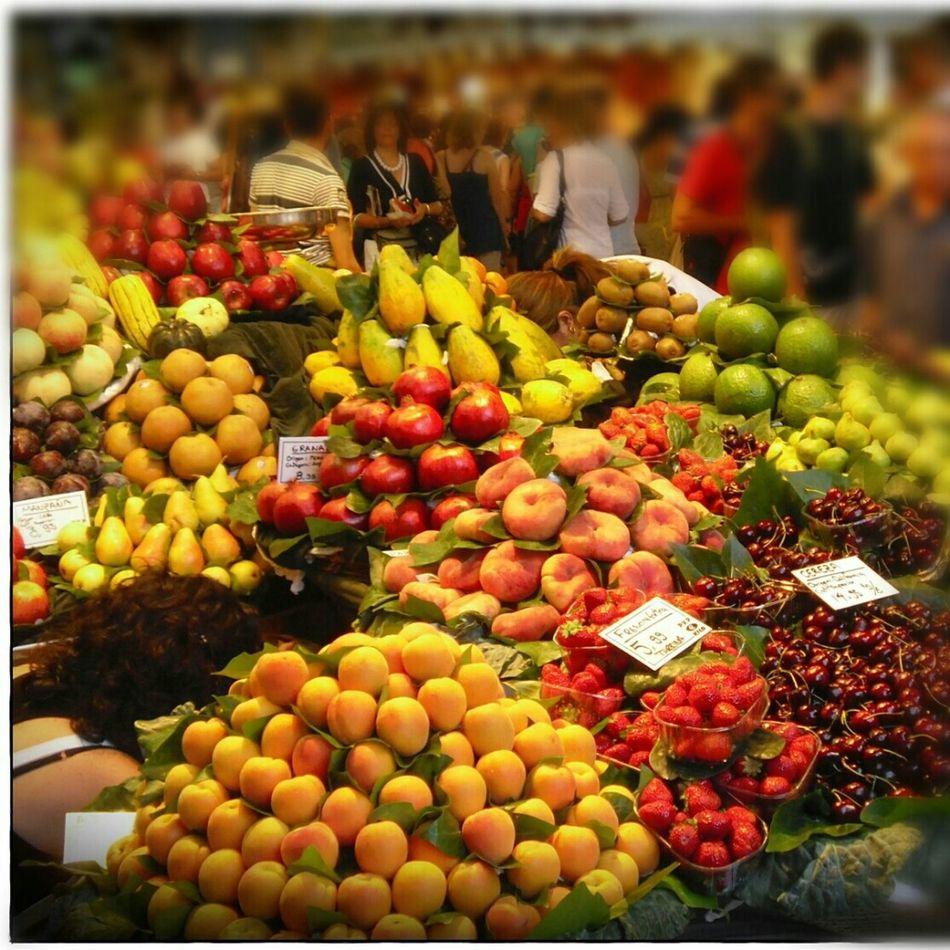 Fruit Colors Hello World