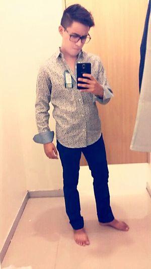 Si te queda y te gusta.. pos compratela! Me fascino de esta camisa 👔 hasta que me doy un lujito pa mi ✌