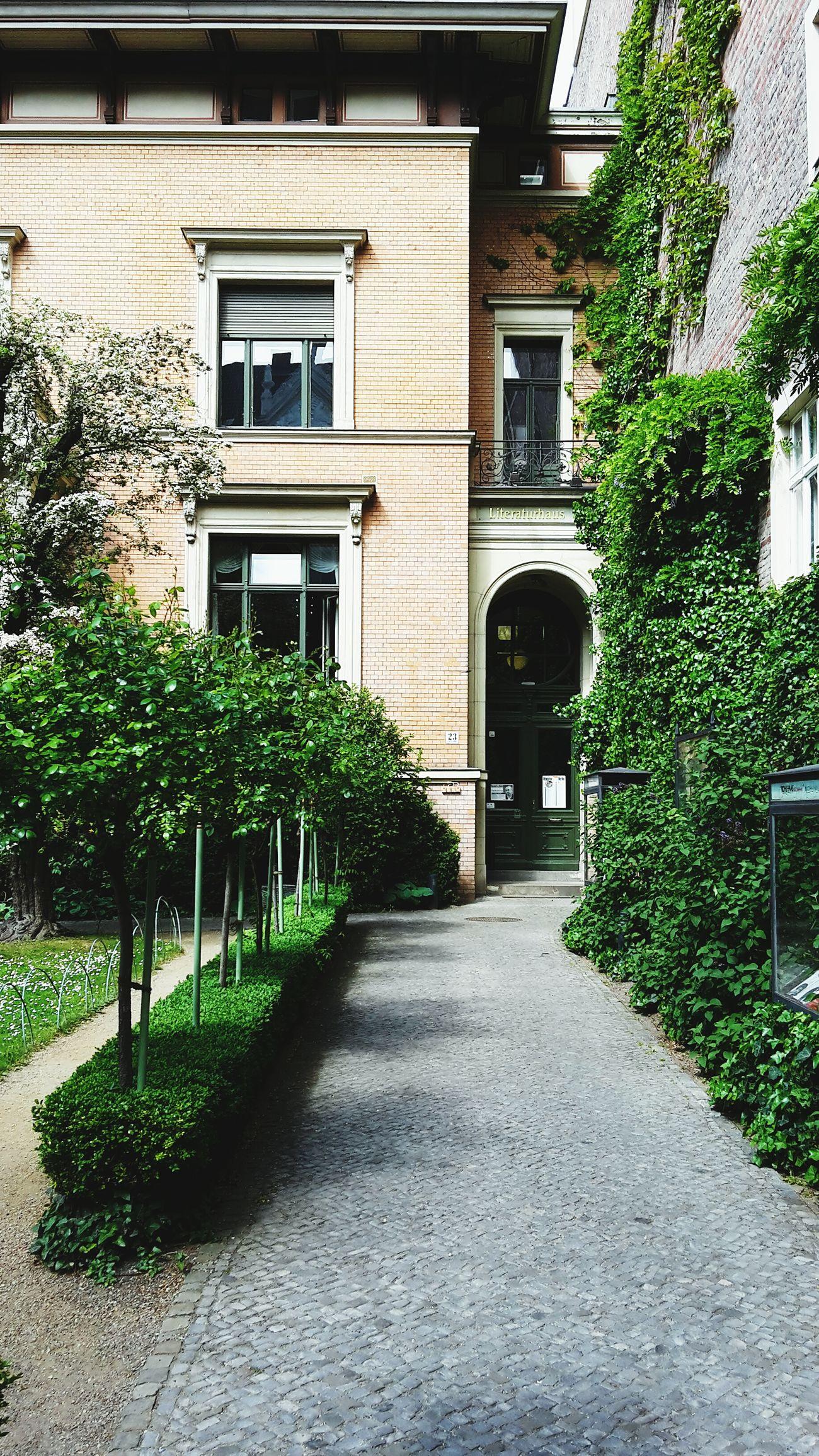 Literaturhaus Berlin Literaturhaus Berlin Gartendenkmal In Berlin Architecture