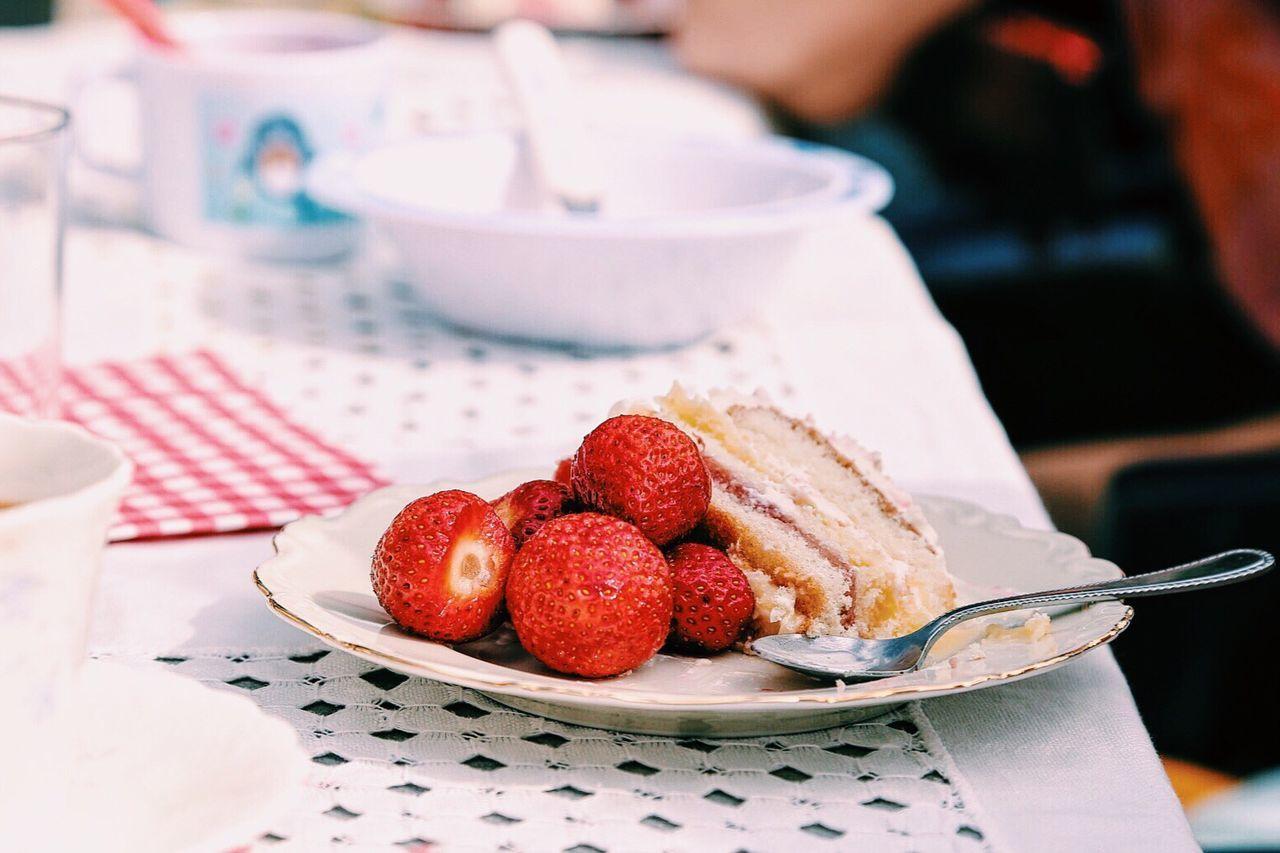 Beautiful stock photos of geburtstagskuchen, Cake, Coffee - Drink, Coffee Cup, Day