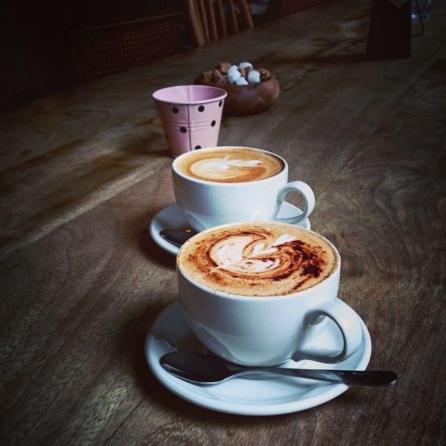 Good Morning Everyone Have A Nice Day♥ Goodweekend Taking Photos Coffee Break Coffeetable Enjoying Life Hot_shotz Relaxing EyeEm Best Shots Eyemphotography Byme🌠 Hello World Eyem Gallery EyeEm Best Edits Smellsgood Wholoveit? Cool_capture_