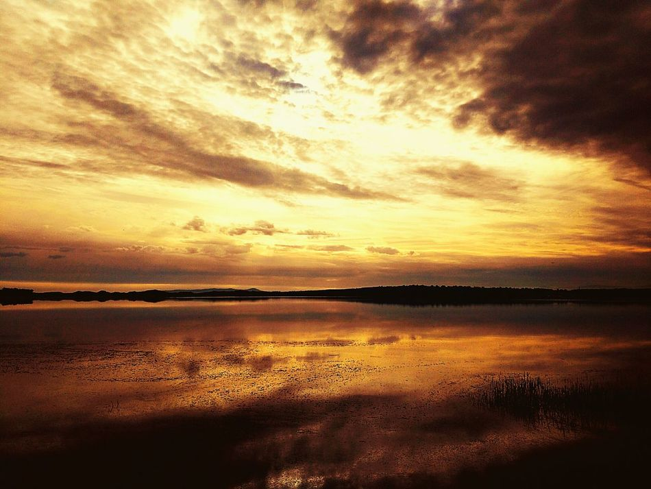 Scenics Reflection Sunset Beauty In Nature Water Idyllic Sea Outdoors Horizon Over Water Tranquil Scene Nature Sky No People Tranquility