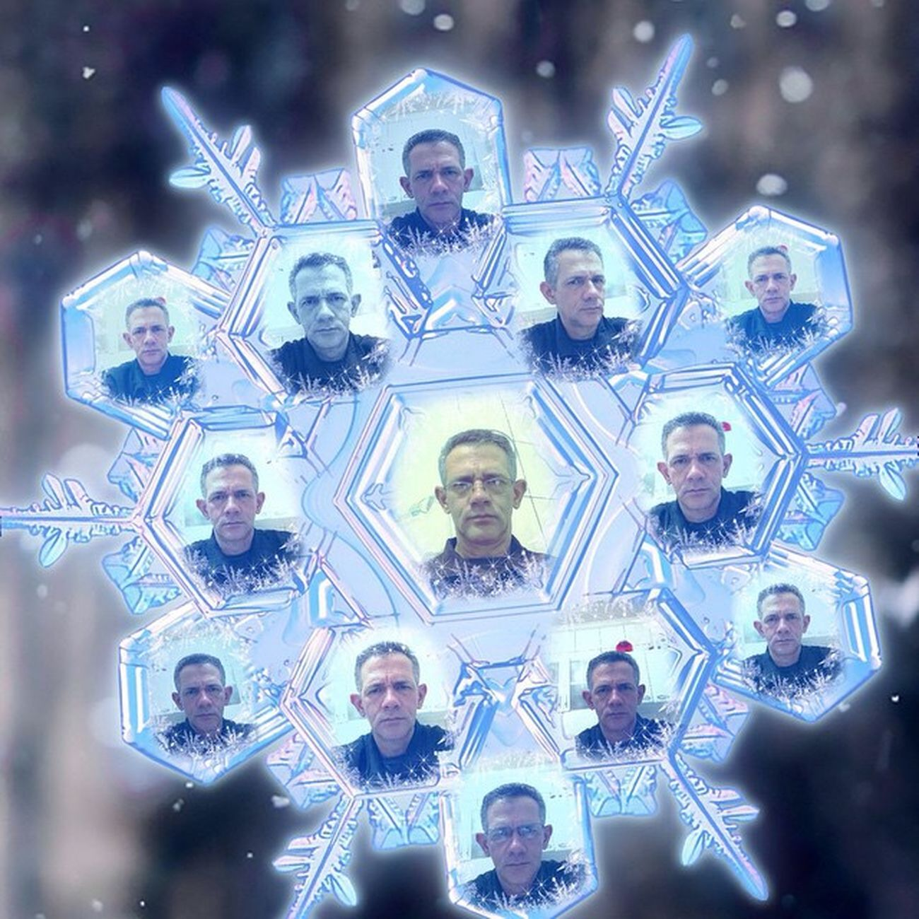 Meus efeitos fotográficos com o aplicativo Pho.to Lab Photolab Magicsnowflake Collage Collageart Photocollage Christmas MerryChristmas NewYear Christmastime Xmas ChristmasEVe MerryChristmasEve  Christmas2015 NewYear2015 Newyearseve NewYearsDay