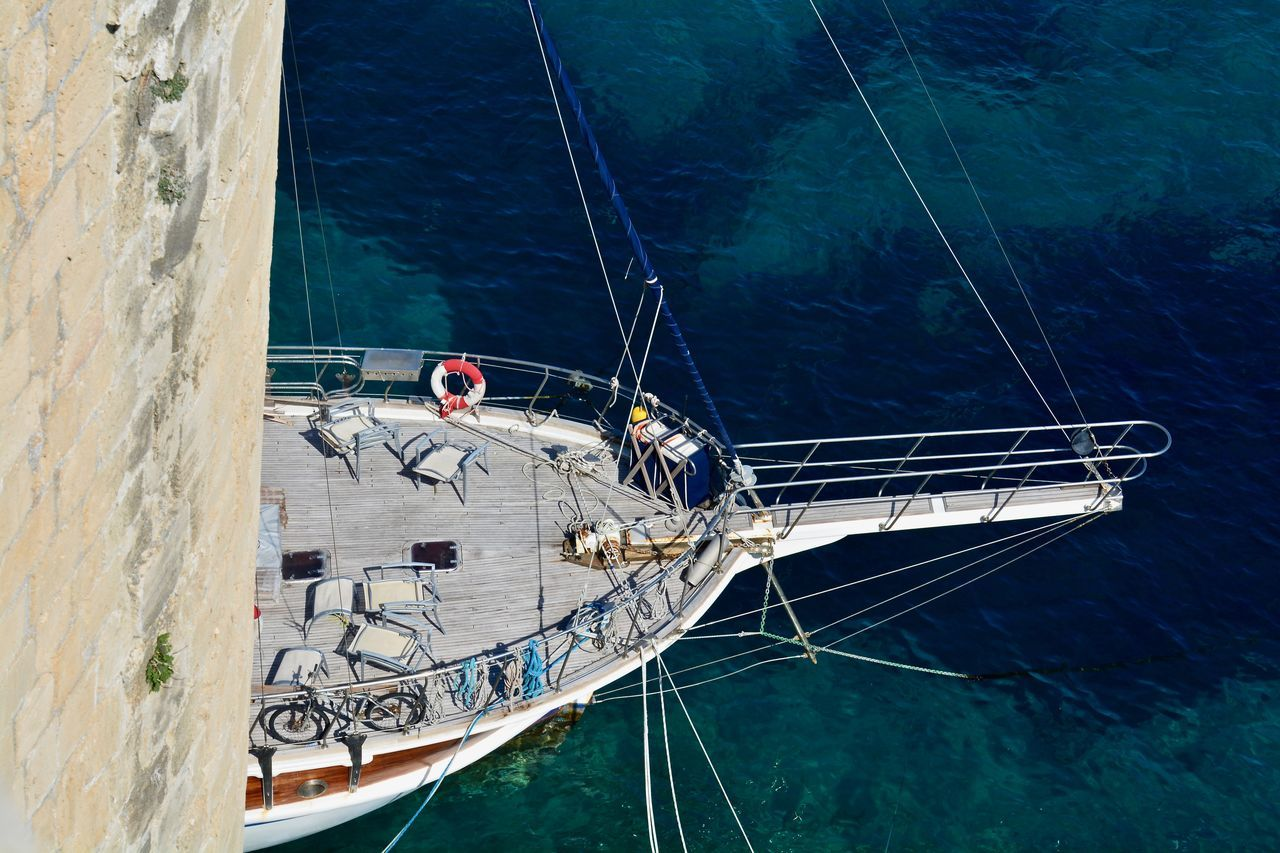 Ich tue nicht das, was ich mag - ich mag, was ich tue. / Adult Adults Only Aquatic Sport Boat Deck Day Men Nature Nautical Vessel Only Men Outdoors People Sailing Sea Sport Transportation Travel Water Yacht Yachting Young Adult