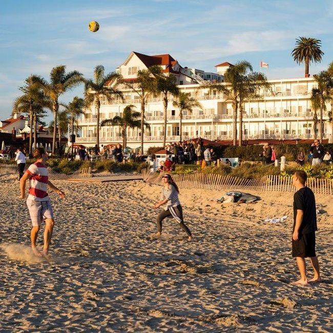 Winterincalifornia Beachphotography Beach Beautiful Day California Beach Photograpy Beach Photo Hotel Hoteldelcoronado Hotel Del Coronado San Diego California Love California Traveling Travel Photography Beach Ball Beachball Volleyball