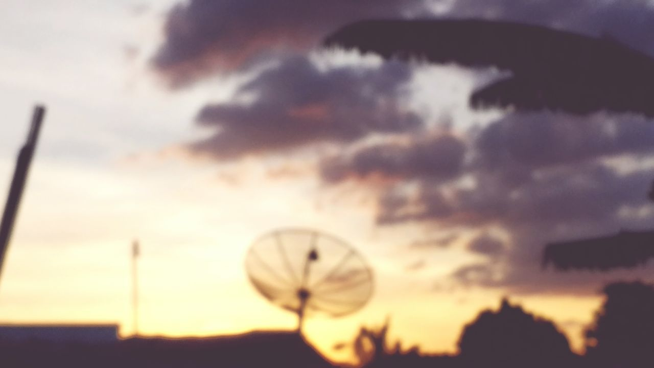sunset, sky, cloud - sky, silhouette, satellite dish, technology, dusk, no people, outdoors, focus on foreground, antenna - aerial, nature, alternative energy, television aerial, close-up, wind turbine, windmill, beauty in nature, wind power, day, city, industrial windmill