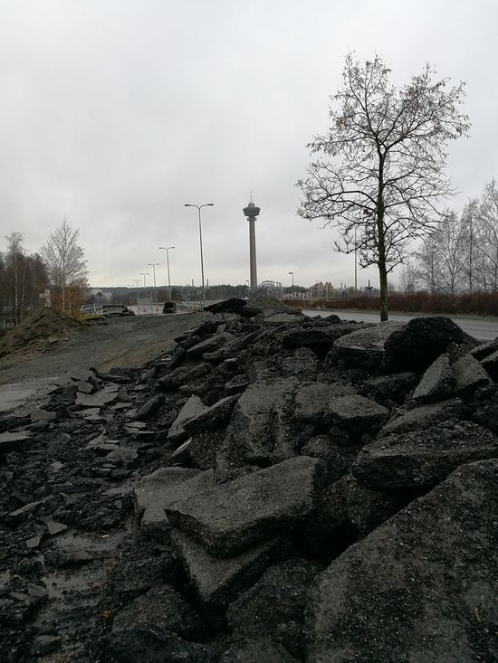 Soon to be former Paasikivi-Kekkos road in Tampere. Asfaltti Asphalt Autio Broken Construction Empty Empty Road Grey Day Harmaa Päivä Kekkosentie No People Näsinneula Outdoors Paasikiventie Rainy Rakennustyömaa Rikki Road Sateinen Tie Tyhjä Tyhjä Tie