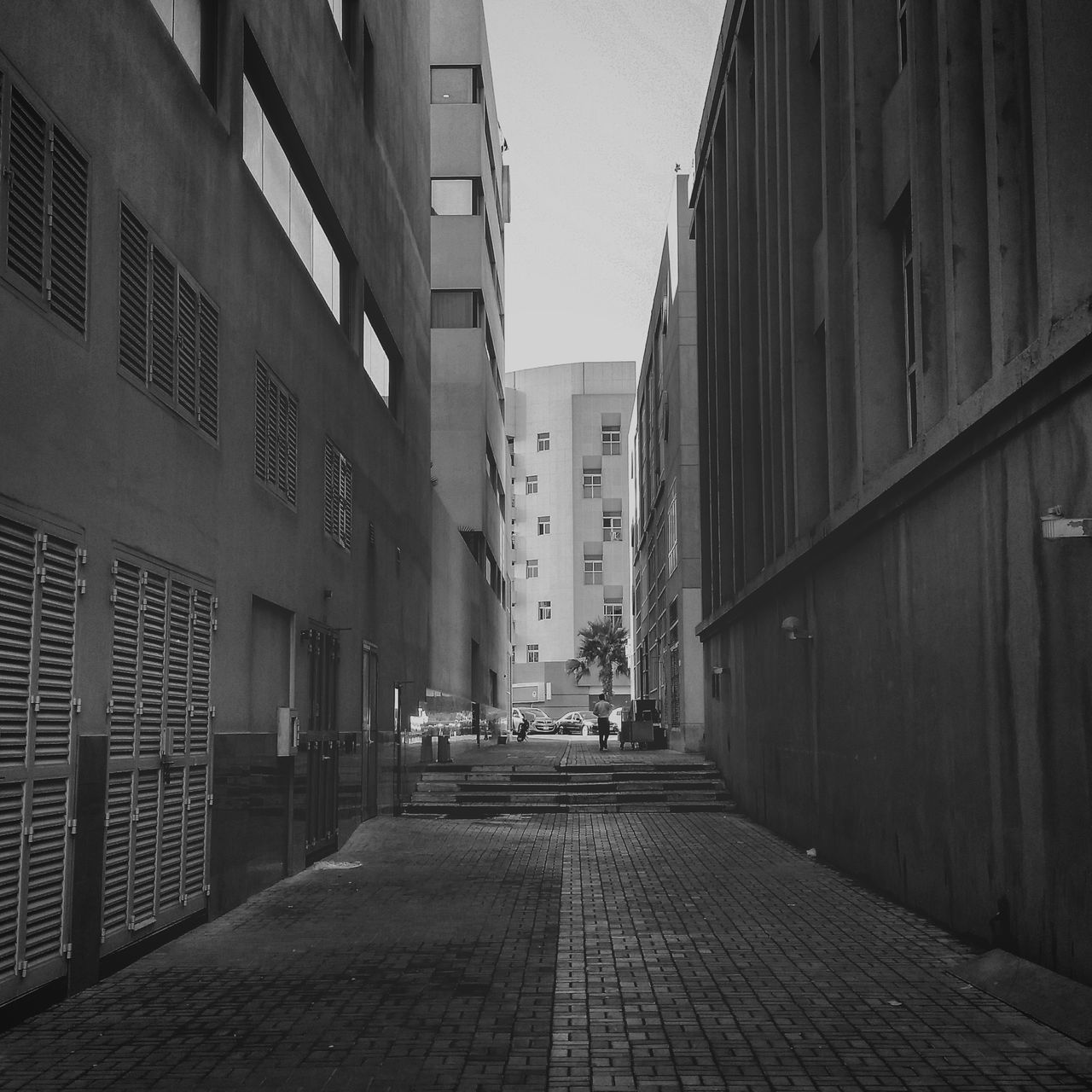 building exterior, architecture, built structure, street, city, the way forward, outdoors, day, no people, clear sky, sky