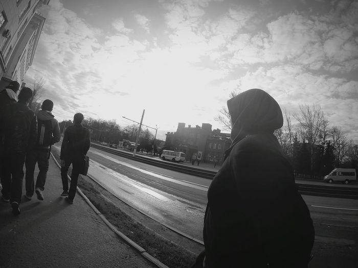 Throwback Walking Around The City  Sunrise Blackandwhite Iloveislam Calmandpeace