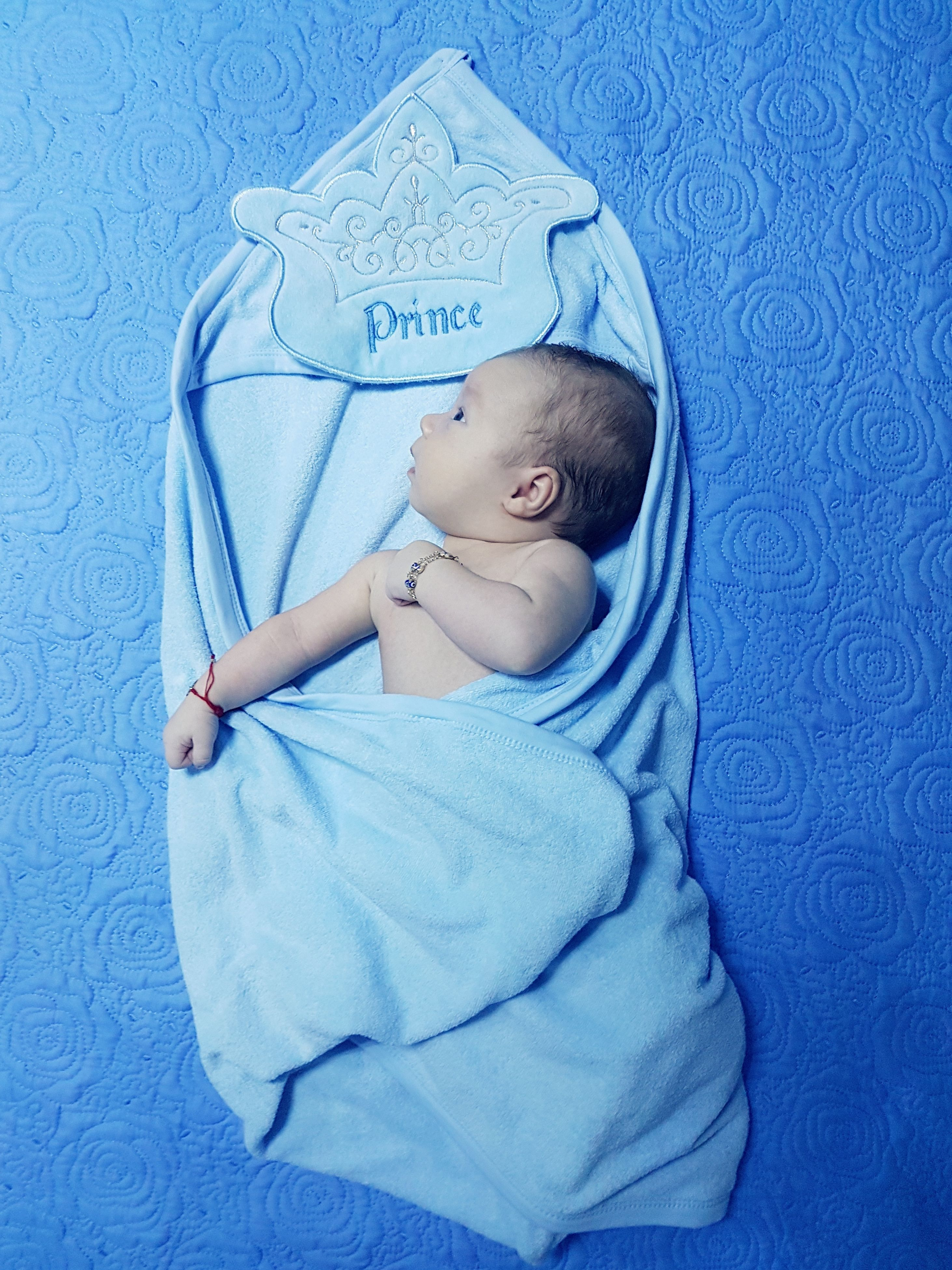 baby, childhood, blue, sleeping, one person, cute, babyhood, new life, innocence, babies only, newborn, real people, fragility, bed, relaxation, full length, indoors, pacifier, people, day, close-up
