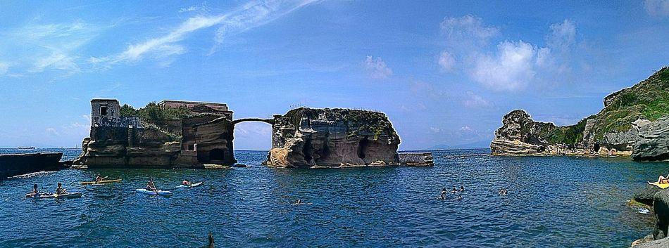 Meravigliosa NAPOLI Gaiola  Mare Mare Nostrum Napoli ❤ Napolinascosta Sea Sky Sky And Sea Natural Natura Blue Sky Blusea Bluesky Tagsforlikes Beautifull Wonderful Nature Instagood Italy