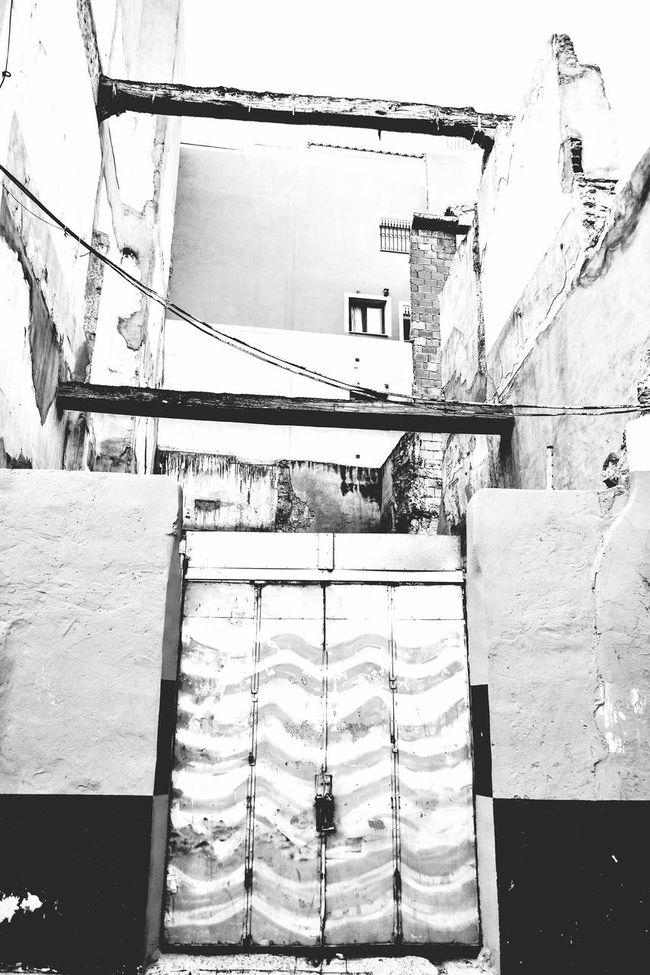 Alicante Alicante, Spain Barrio De Santa Cruz Black & White Black And White Photography Black And White Doors Street Photo Urban Street Doors Lover Windows And Doors Construction Urban Photography Urban Exploration Urban Architecture Old Buildings Street Photography Streetphoto_bw Street Art Demolition Ruin Ruins Architecture Ruined Building Closed Door