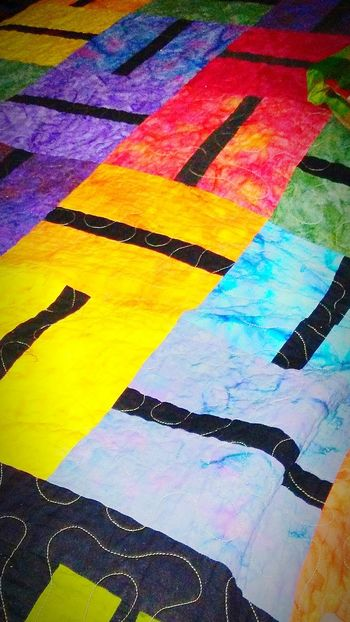 My Bed; One Of My Favorite Places To Be! Handmade Quilt Quilted Beautiful ♥ Gift Colors Of The World Bright Colors Warmth On A Wnter Day Makes Me Smile