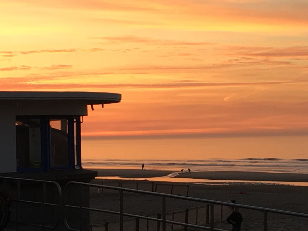 Coucher de soleil à la mer belge Sunset Sea Orange Color Sky Horizon Over Water Water Beauty In Nature Scenics Nature Tranquil Scene Tranquility Outdoors No People Beach Cloud - Sky Architecture Lifeguard Hut Day First Eyeem Photo