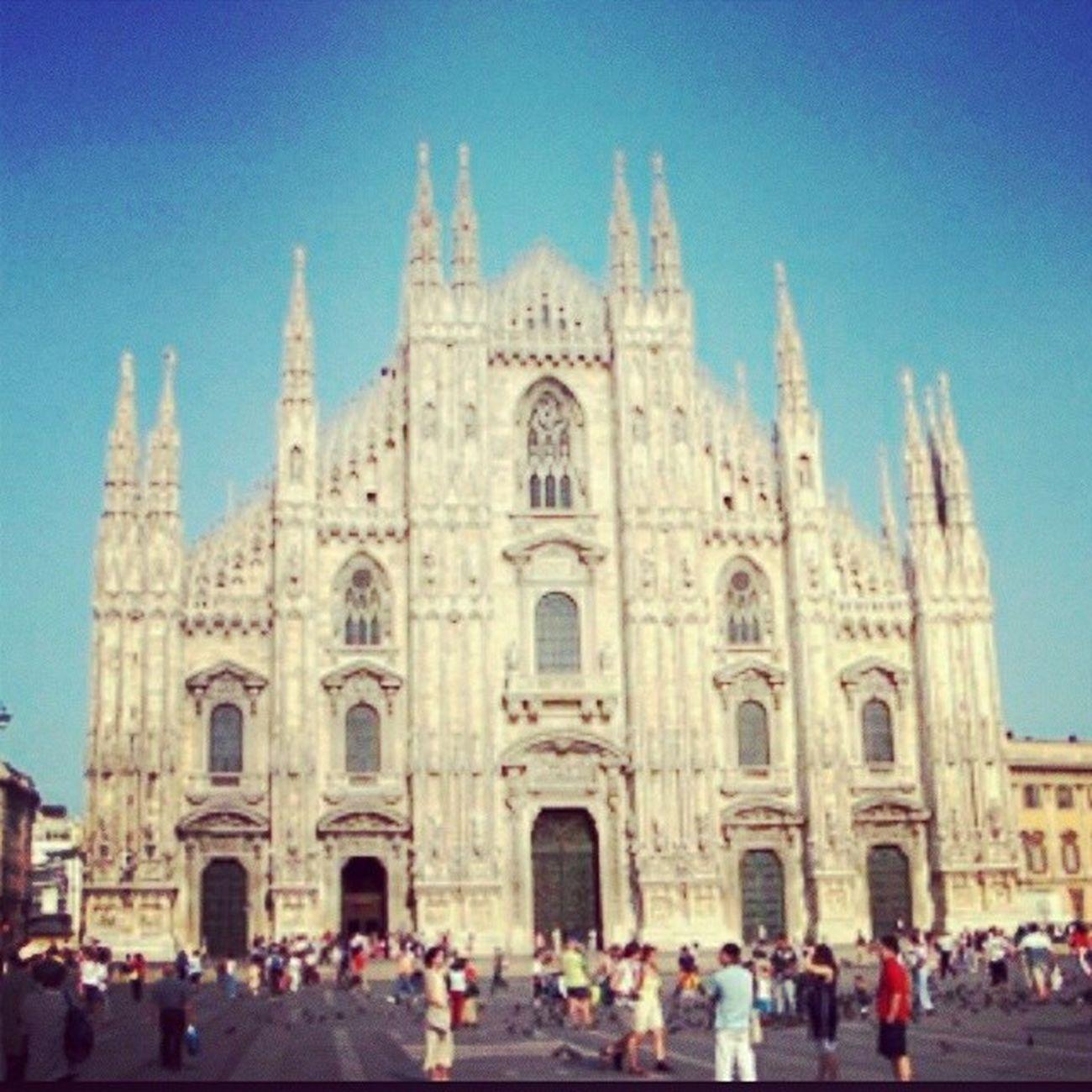 Gerade Urlaub mit der Bestenfreundin gebucht :) freu mich schon total :) Mailand Shoppen vacation bestfriends