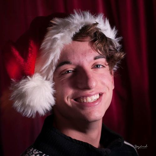 A Christmas selfie for commersial use. I have taken this by my selves in the sinema room, at my friends house. Great wishes for everyone. Have a merry X-Mas! The time for Love, friends and family. That's Me Christmas Hamar Winter