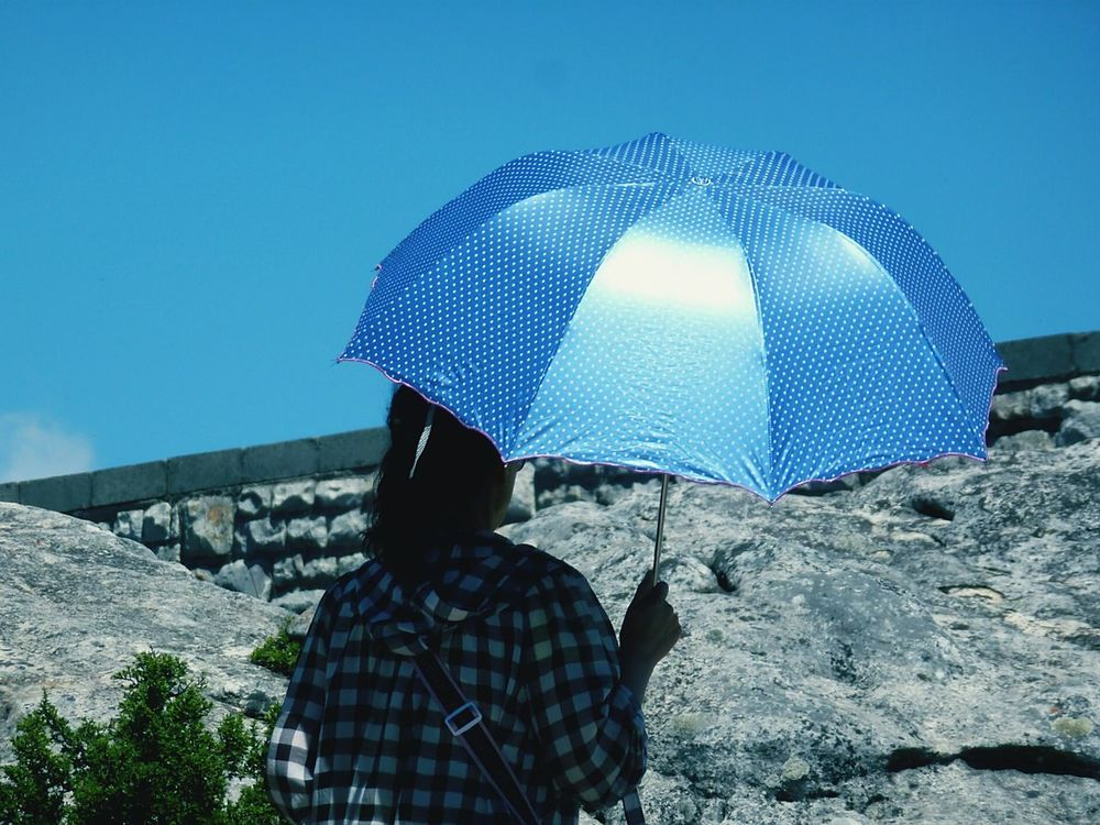 under my umbrella, brella, brella, ... Umbrella☂☂ Umbrella Umbrella In The Sun Sunny Day Sunny Day 🌞 The Street Photography - 2016 EyeEm Awards The Street Photographer - 2016 EyeEm Awards Blue Umbrella Blue Sky Background Natural Light Portrait Showcase June On The Way Eye For Photography EyeEm Best Shots Eyem Best Shots EyeEm Gallery Check This Out Colour Of Life light and reflection Enjoy The New Normal Adapted To The City Lieblingsteil Sommergefühle