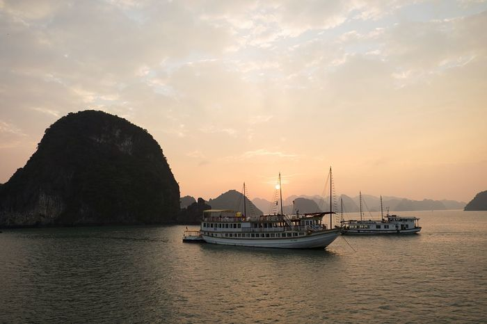 EyeEm Selects Sea Halong Bay Vietnam Vietnam Sunset