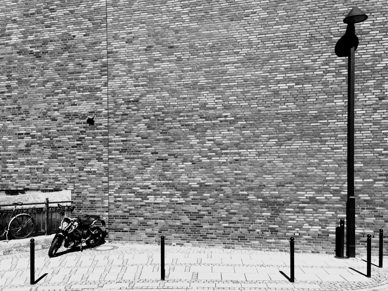 the wall. Bnwphotography Hometown Shadows & Light Bremen Bremen City Teerhof EyeEm Best Shots - Black + White