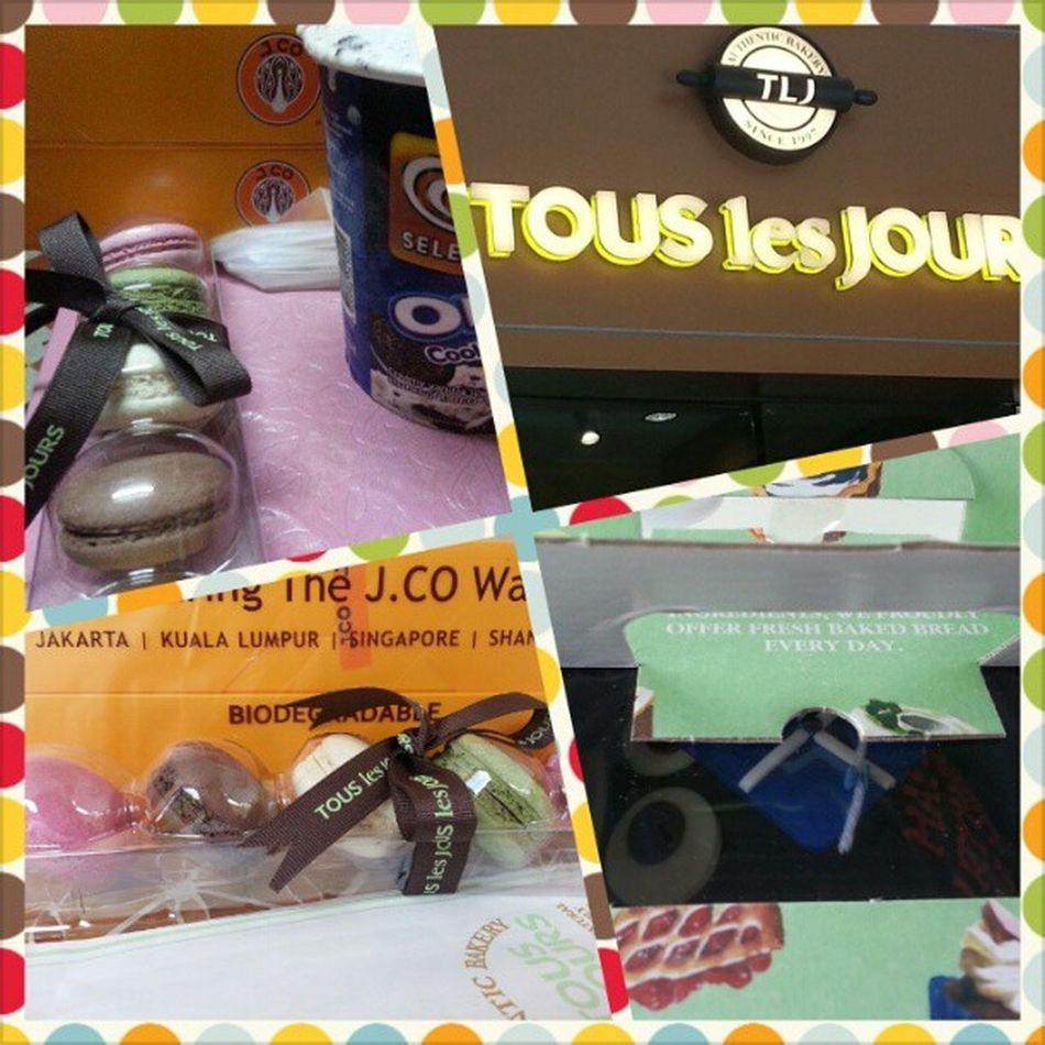 What makes me happy♥ Macarons + BearCake + J.Co Donuts♡ + IceCream Tlj J .Co HappyBabyyy