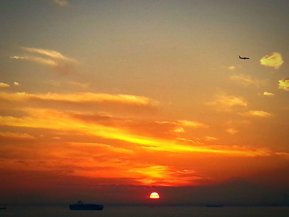 Sunset Flying Airplane Horizontal 富士山 Tokyo,Japan Yokohama, Japan 東京湾 夕陽 Fujisan