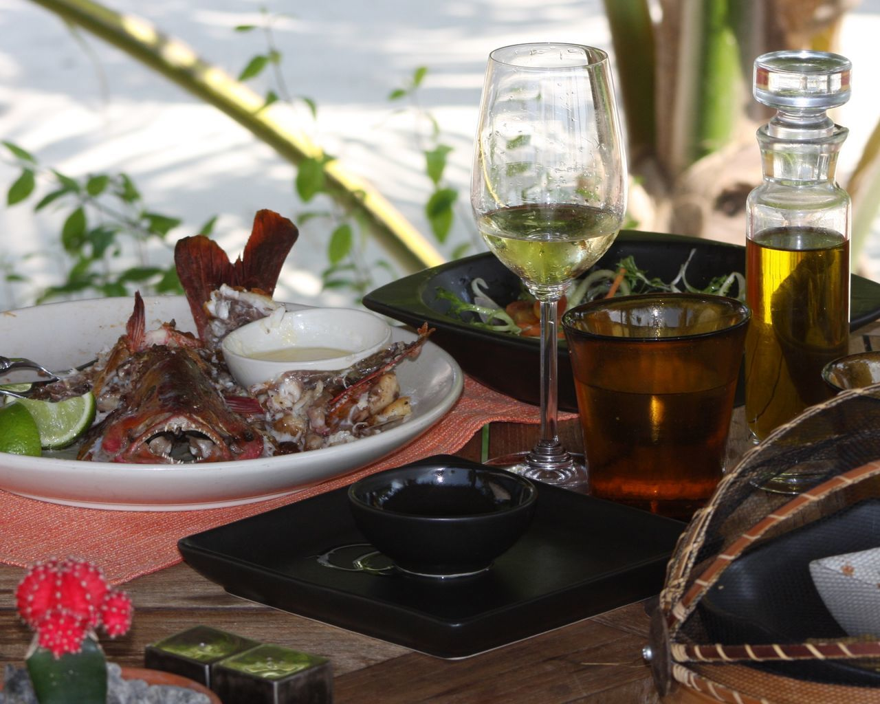 table, food and drink, drinking glass, refreshment, freshness, bowl, indoors, wineglass, no people, indulgence, food, plate, wine, drink, alcohol, day, close-up, healthy eating, ready-to-eat