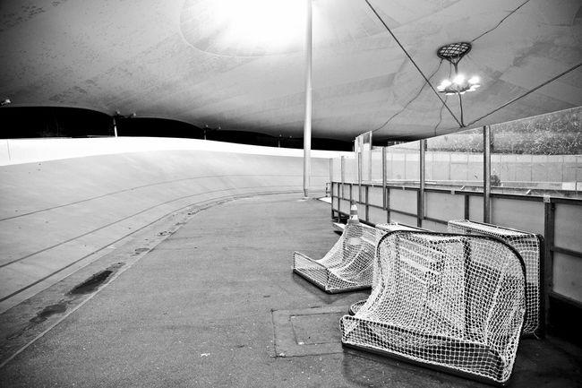 Altona ASV Bandofbrothers Bare Black Eis Eishockey Eishockey Tore Hockey Hockey Game Hockey Team Icehockey Lie LockerRoom Reportage Sanitäter Skating Rink Stretcher