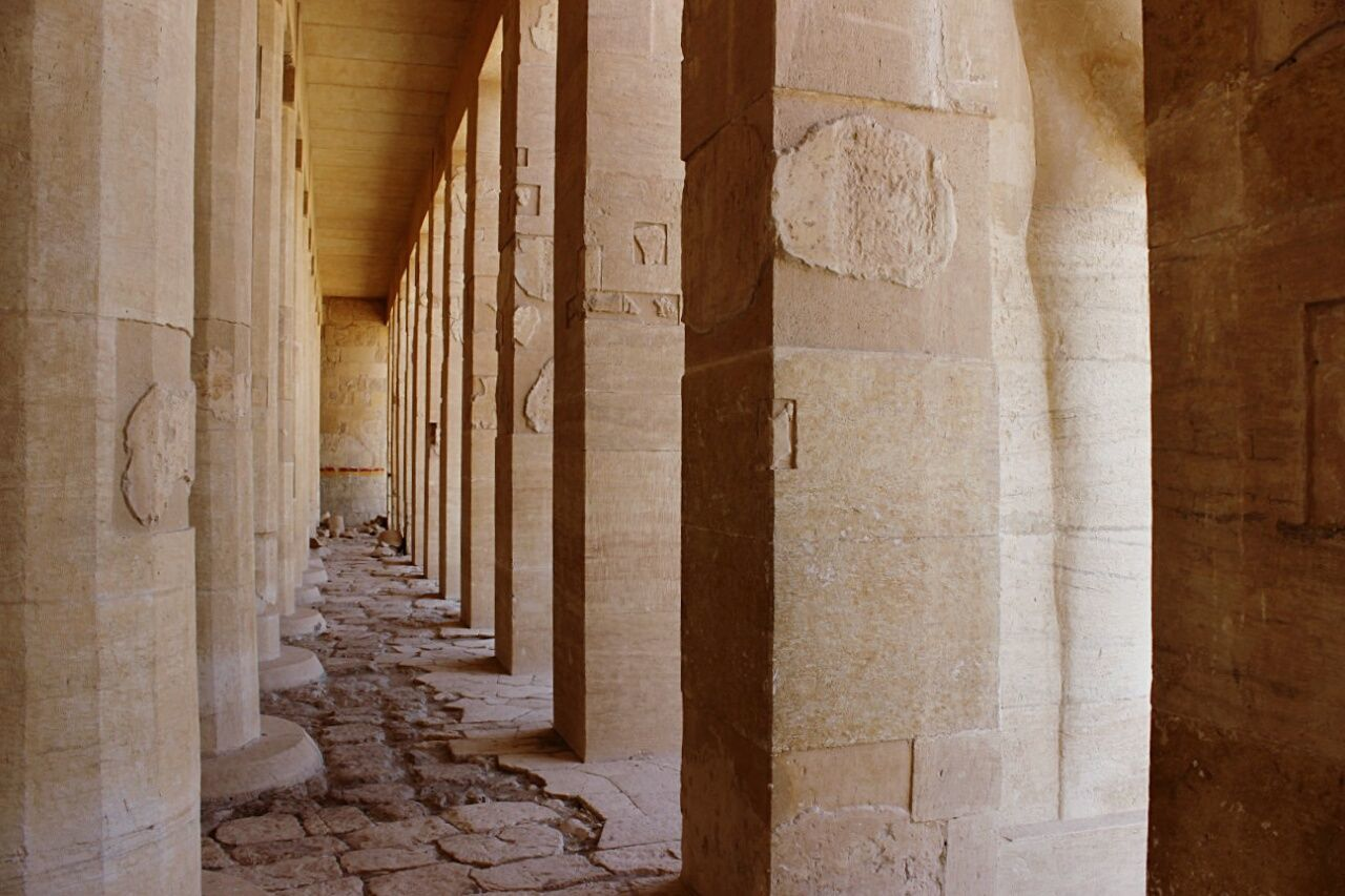 Taking Photos Hello World Temple Of Hatshepsut Hatshepsut Luxor Travel Egypt Temple EyeEm Hieroglyphics Place Of Heart