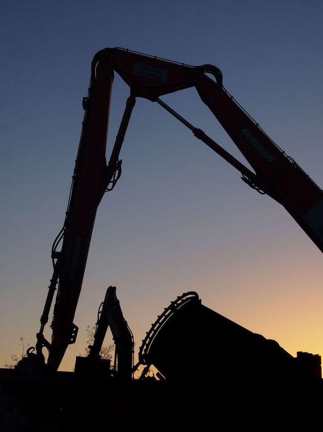 Construction Day Leisure Activity Lifestyles Low Angle View Nature Outdoors Outline Silhouette Sky Unrecognizable Person