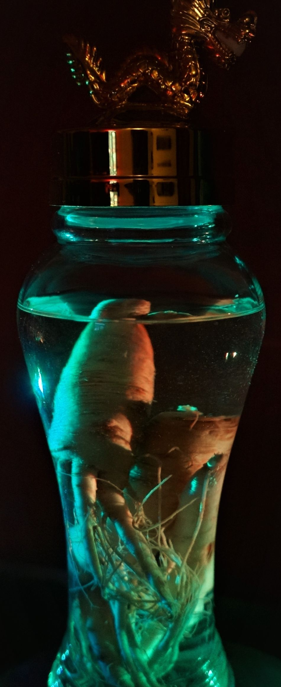 Bw Colors Drinking Glass Experimental Energy Experimental Photography Food And Drink Ginseng Light And Shadow