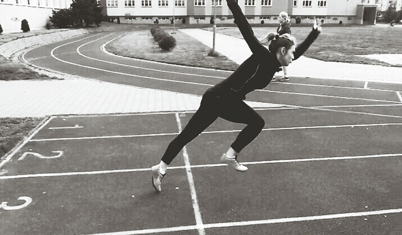 Passion ✔️ #tracknation #trackandfiled #nike #spike #bw #blackandwihite #runfast #trainhard #nopainnogain #lepszaja #workout #me #polishgirl #athlete Vscocam Vscopoland