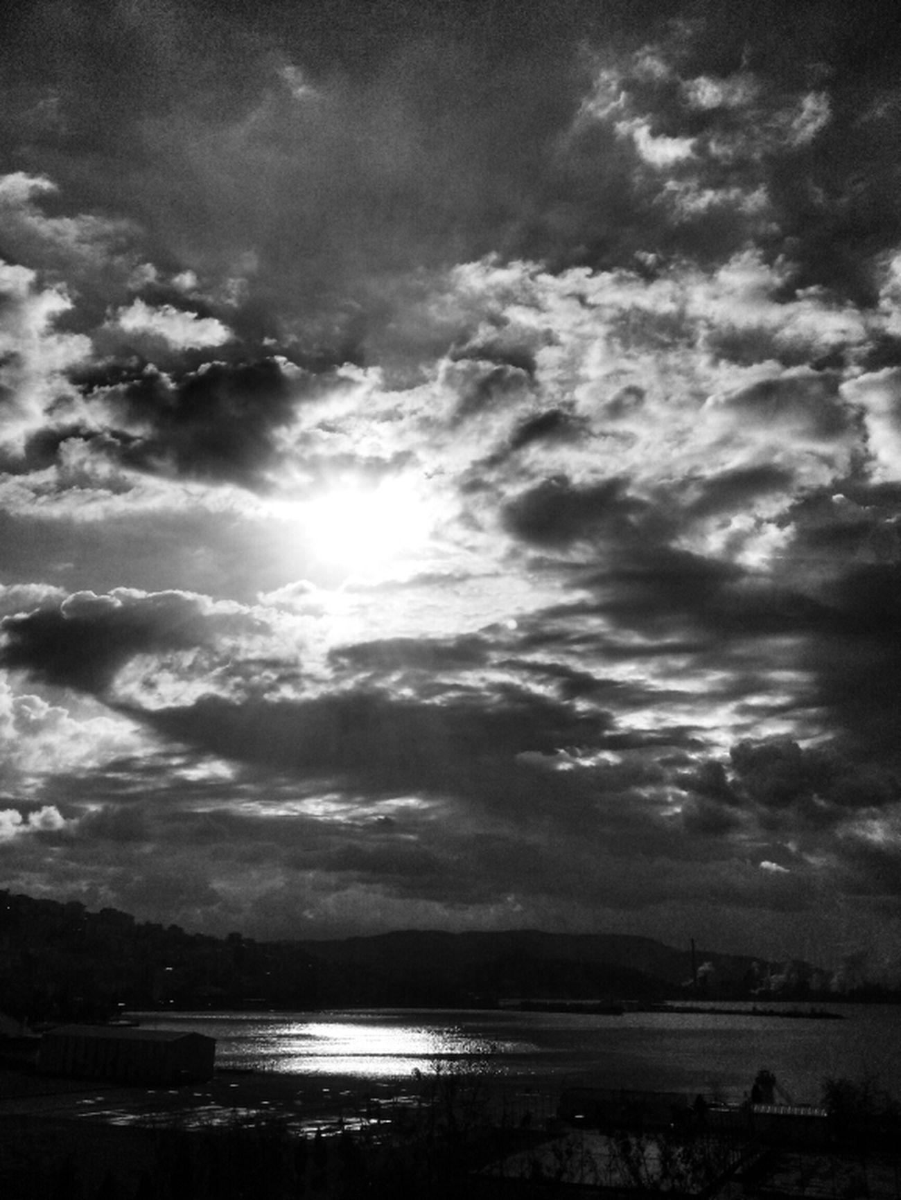 EyeEm Blackandwhite Clouds And Sky Skyporn Eye4photography  Eye4black&white