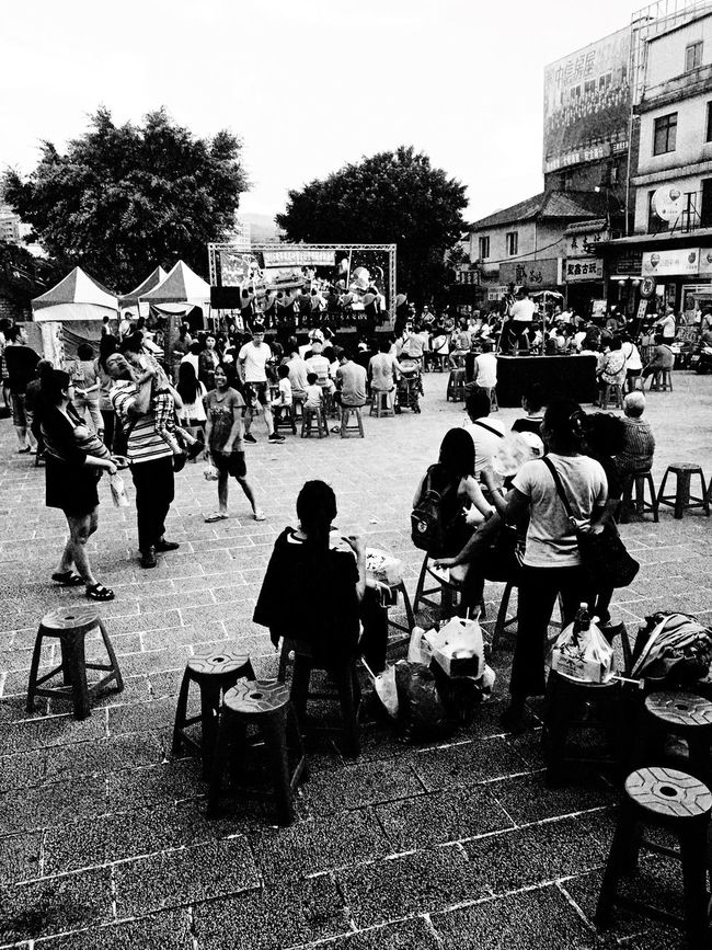 Temple courtyard。 EyeEm Gallery EyeEm Best Shots - Black + White 2016 EyeEm Awards EyeEmBestPics Everything In Its Place How Do We Build The World? The Tourist Taking Photos TOWNSCAPE Temple People Photography People Sanxia