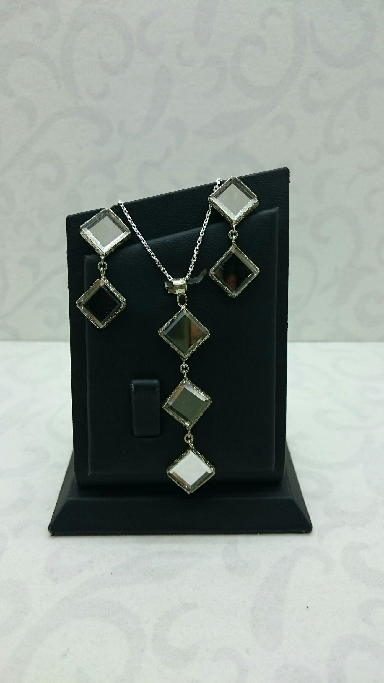 Kristal aynalı 925 ayar gümüş küpe kolye setimiz zinciriyle birlikte 100 TL kargo dahil Silver  Handmade Jewellery Elyapımı Gümüş Kolye Küpe Ayna Mirror Handmade Handmade Jewelry