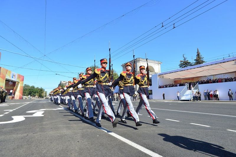 Parade Parade Time Celebration Independence Day Republic Of Moldova Solider Salutes
