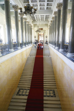 2014 Architecture Built Structure Hermitage Museum Indoors  Museum People Red Carpet Russia Saint Petersburg Stairs エルミタージュ美術館 サンクトペテルブルク ロシア 階段