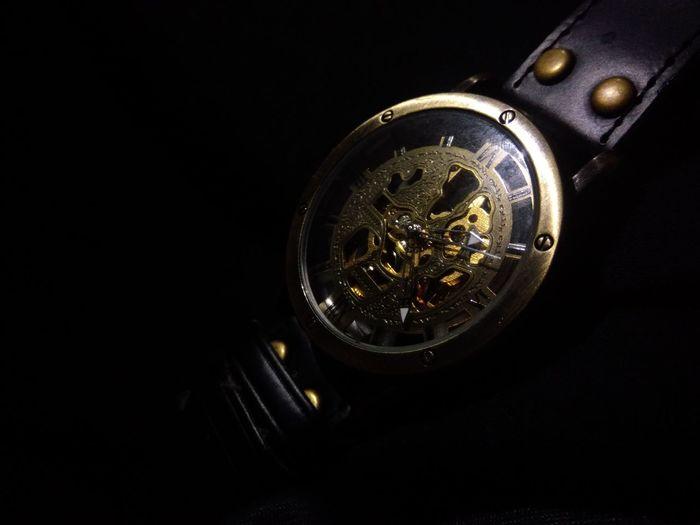 Lowkey Lowkeyphotography Black Background Illuminated LuxuryInnovation Close-up Filament Gold Colored No People Unedited Photo Indoors  Mobilephotography