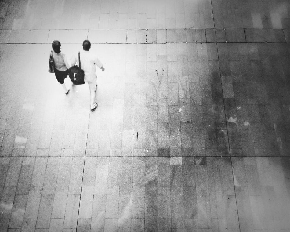 Two-Step Andrographer Blackandwhite Lisbon Two By Two