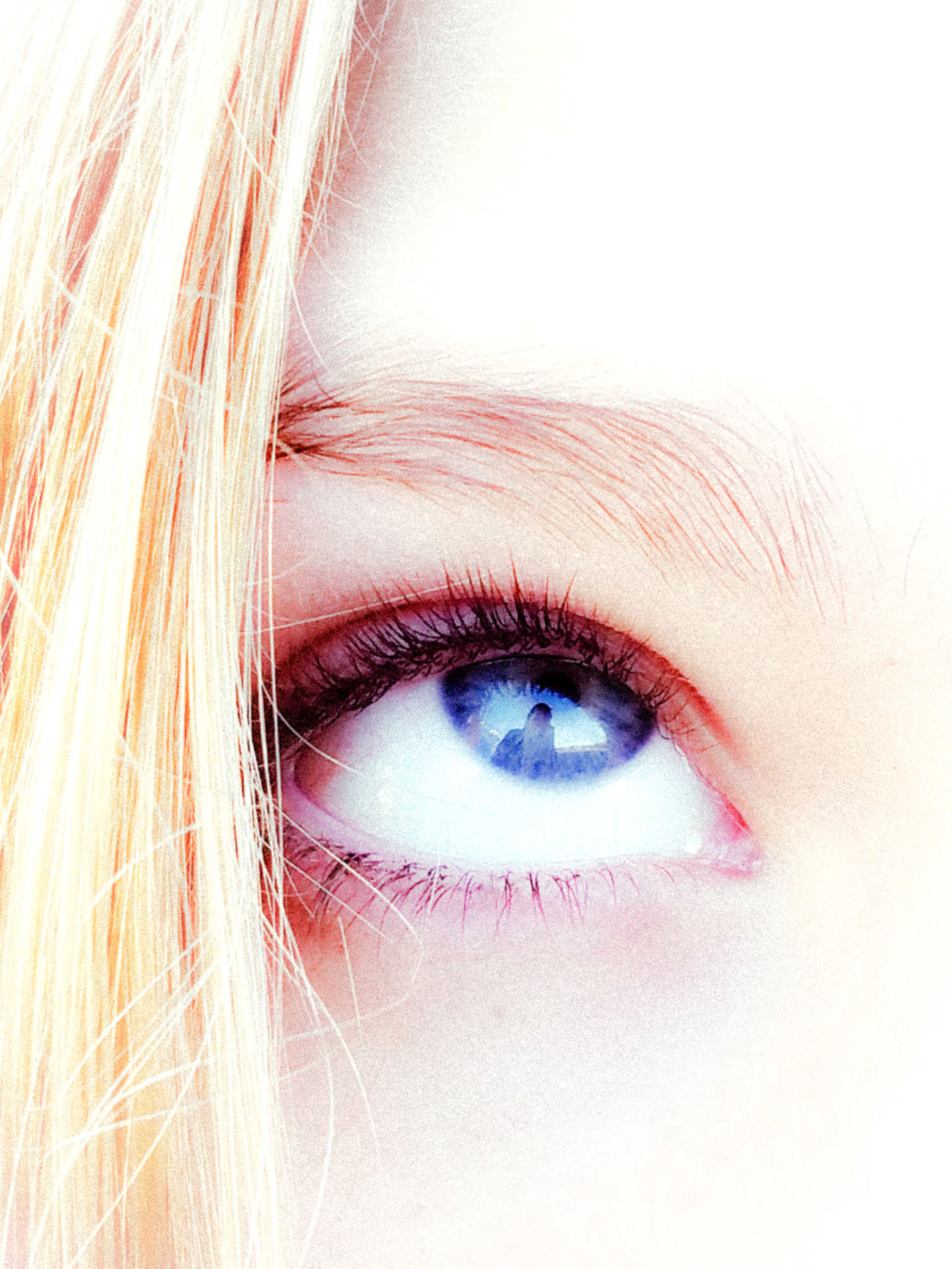 Love ♥ Eyes Blueeyesforever Focal Point Reflection Photographer In The Shot Girl Bright_and_bold Blue Blue Eyes Blue Eyed Girl Cerulean Blue AndroidPhotography Perspective Photography Eyem Gallery Cellphone Photography Android EyeEm Best Shots Cell Phone Photography Eyeem Market
