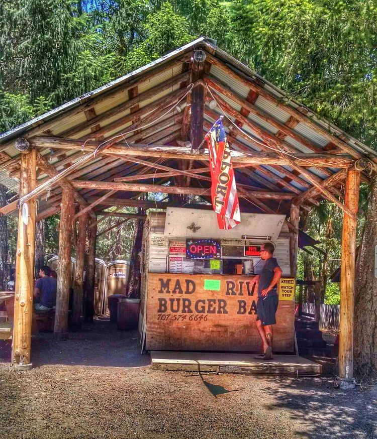 Mad River Burger Bar 🍔 One of the best reasons for a motorcycle ride Sunday Ride Trinity County StreamzooVille The Places I've Been Today Taking Photos Enjoying Life Streamzoofamily Streamzoo Family