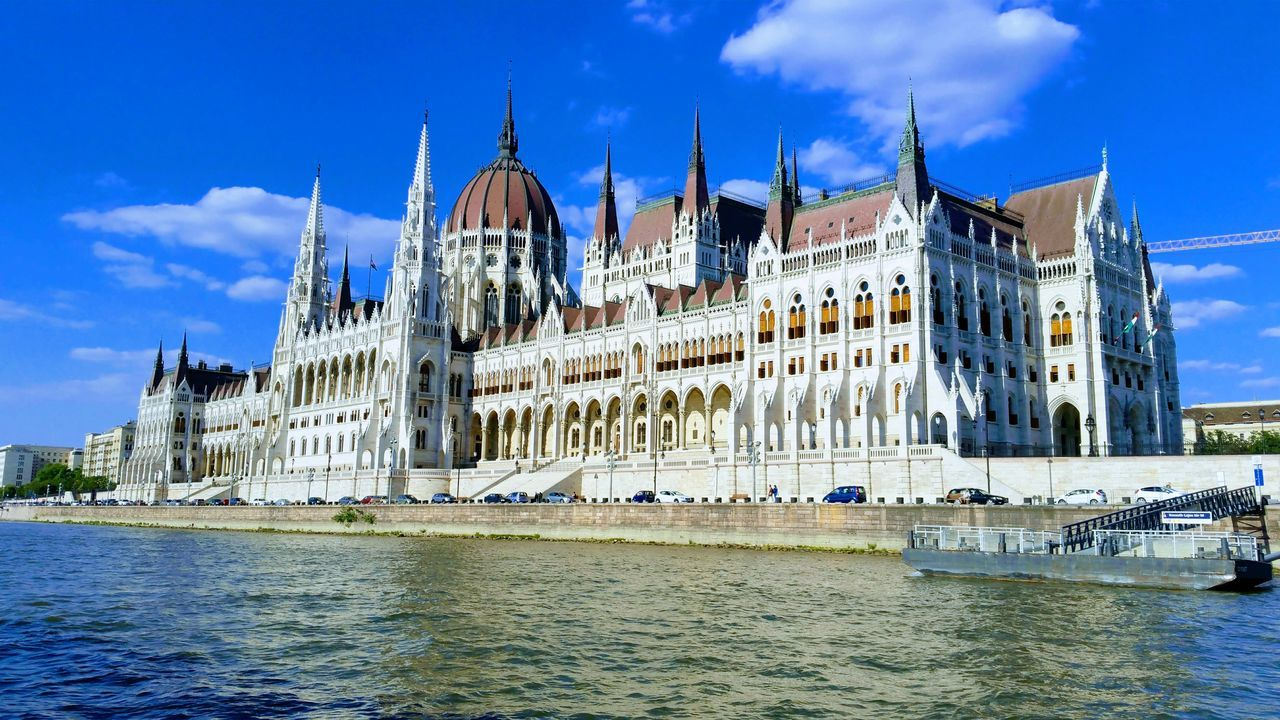 Architecture Water Sky Cloud - Sky River Building Exterior No People Built Structure Travel Destinations Outdoors Cityscape Politics And Government Parlament Of Hungary Parlament Budapest Budapeste Hungary Hungria Gold Parlaiment Building Budapest