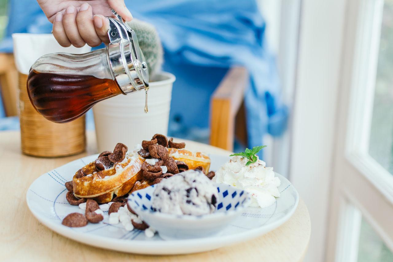 Beautiful stock photos of schokolade, food and drink, food, plate, freshness