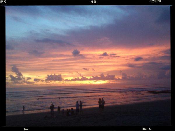 Enjoying The Sunset On The Beach Bali #sunset #sun #clouds #skylovers #sky #nature #beautifulinnature #naturalbeauty #photography #landscape